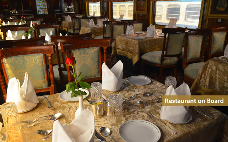 http://images.yatraexoticroutes.com/wp-content/uploads/2014/09/restaurant-on-palace-on-wheels.jpg